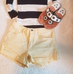 H&M yellow jean shorts nwot